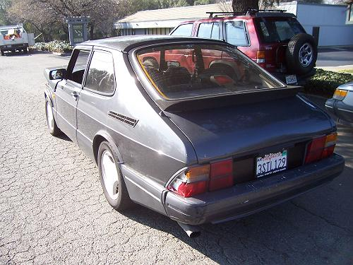 Back end of the 1988 Saab 900 SPG